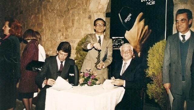 1985_contrato